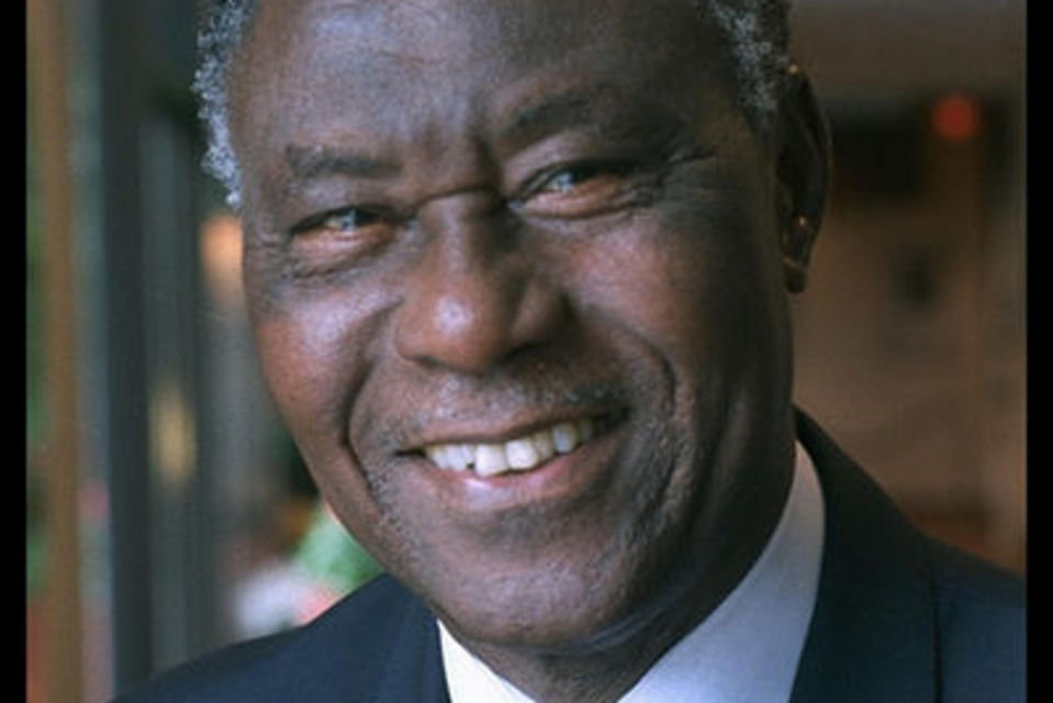 Death of IOC honorary member Henry Adefope