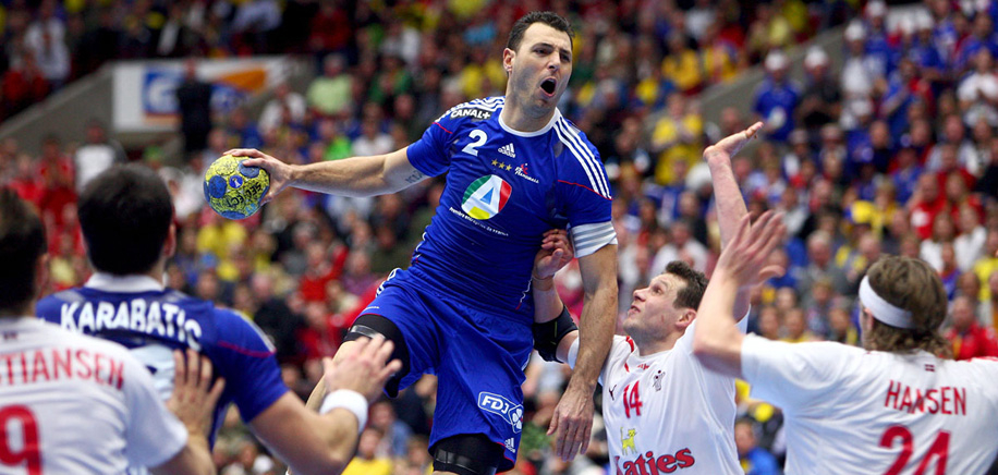 "Who will succeed ""flying Balic""? – IHF awards Handball Photo of the Year"