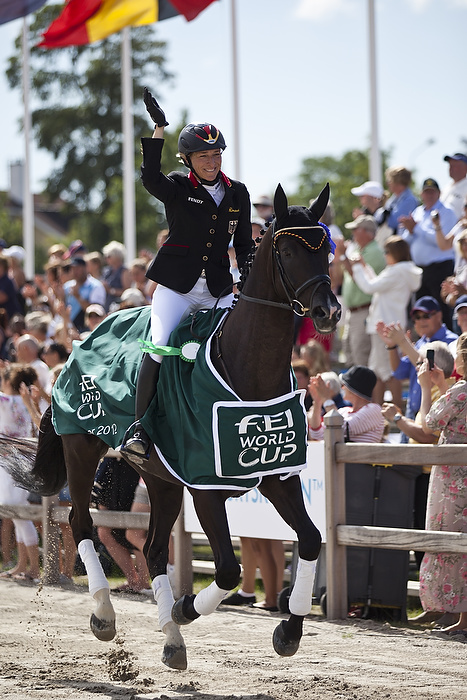 Klimke triumphs at third leg of FEI World Cup™ Eventing series