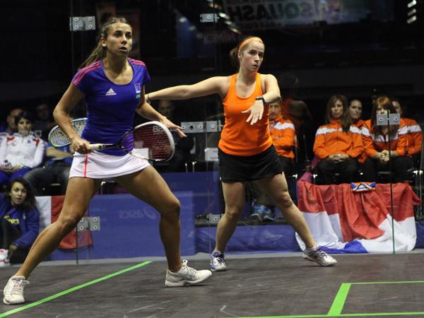 Hosts upset Netherlands in Nimes