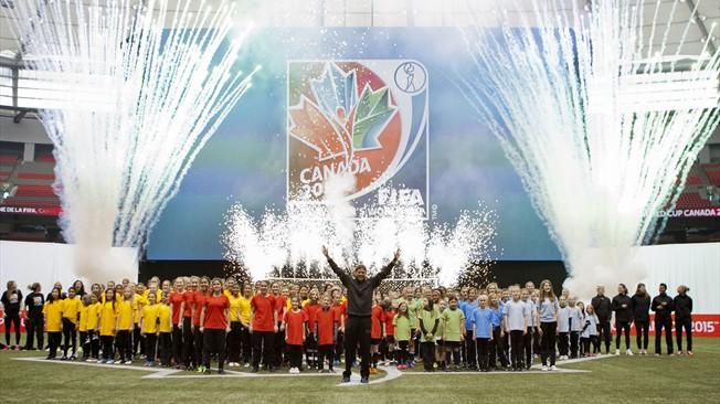 Official Emblem for Canada 2015 unveiled