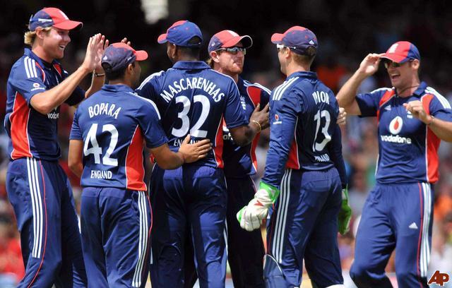 England extend lead as top Test team