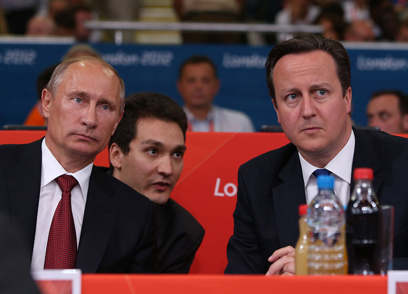 Putin and Cameron Visit the Olympic Judo