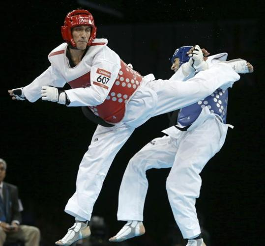 Argentina's first gold of the London Olympics